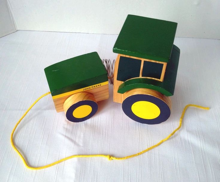 Learning Curve JOHN DEERE Slinky Wooden Tractor Pull Toy #LearningCurve