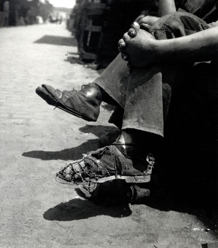 Csepel, 1945. június  (Fotó: MAFIRT/MTI felvétele / Kiscelli Múzeum Gyűjteménye)