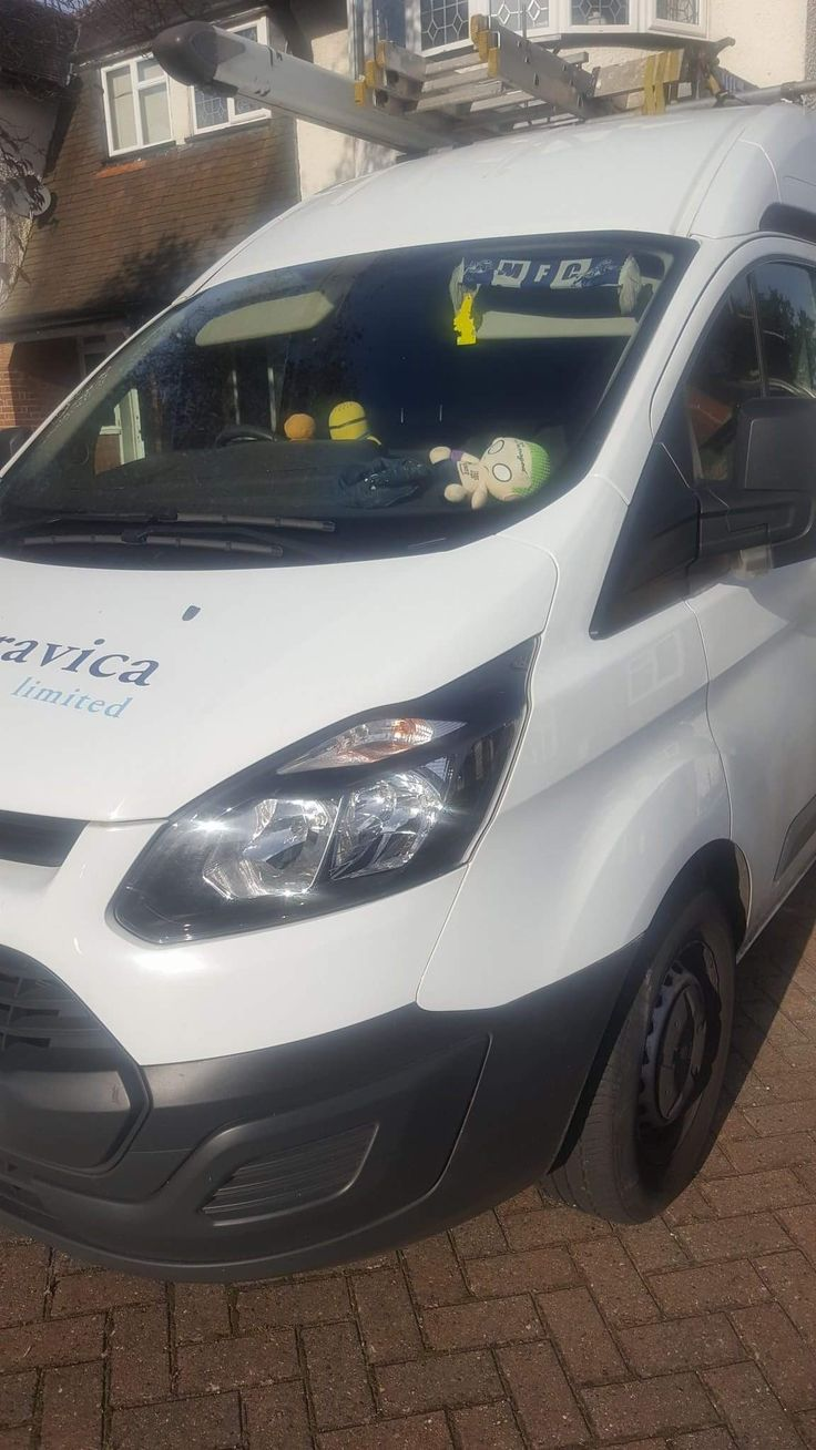 Keyassist.co.uk Replacement ford transit custom keys in bromley. Call 07956105145