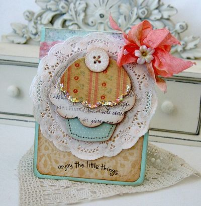 how adorable is this?Scrapbook Ideas, Cute Cupcakes, Cute Cards, Cupcakes Cards, Cards Papercraft, Vintage Cupcake, Paper Crafts, Adorable Cards, Papercraft Inspiration