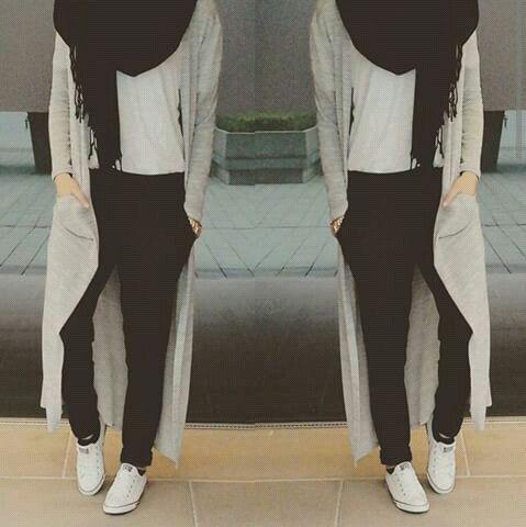 Long gray cardigan hijab style- Modern Hijab Street styles http://www.justtrendygirls.com/modern-hijab-street-styles/