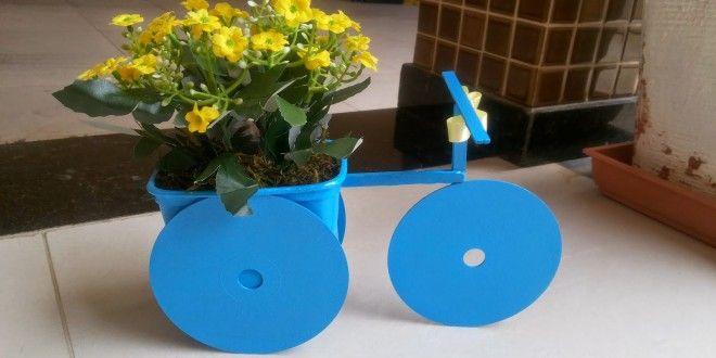 Bicicleta feita com CD e pote de margarina | Reciclagem no Meio Ambiente – O seu portal de artesanato com material reciclado
