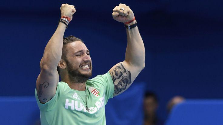 Shane Tusup még el is sírta magát Katinka döntője végén /Fotó: AFP