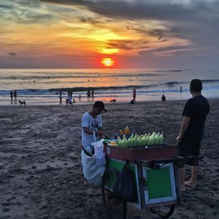 Sunsets, grilled corn and beach walks...perfection ❤️🌽🌊