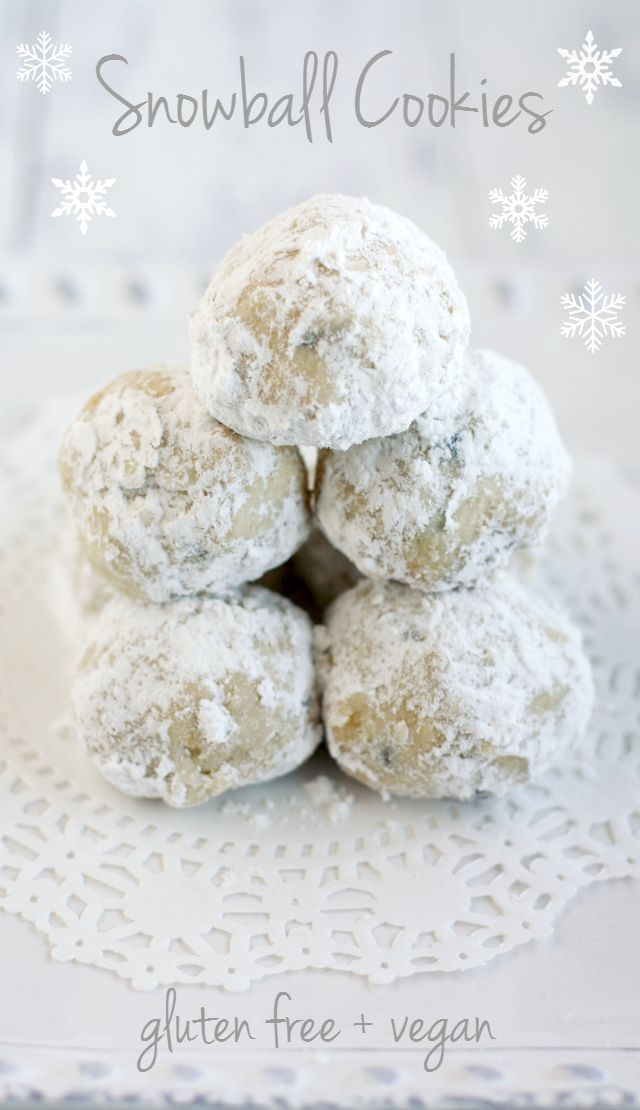 A fantastic and easy recipe for delicious snowball cookies. Vegan and gluten free. #glutenfree