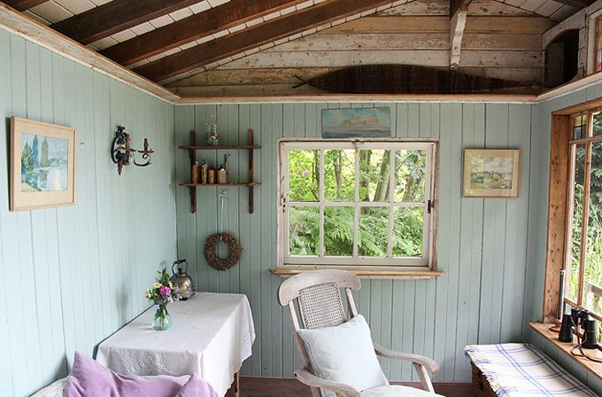 House of Turquoise: Eastcliff Summerhouse