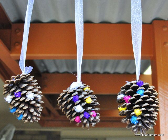 Pine cone crafts hanging decoration activities for for Holiday craft ideas with pine cones