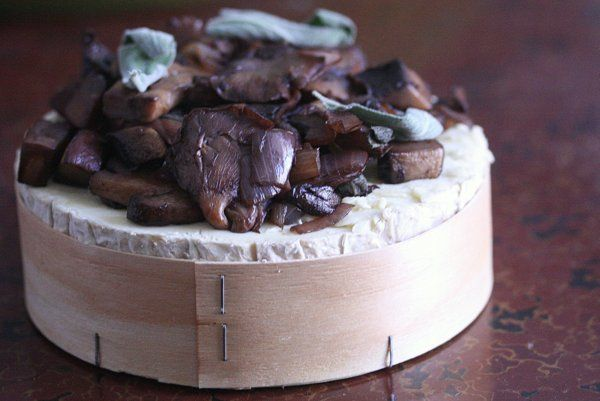 Baked Brie With Mushrooms And Thyme Recipes — Dishmaps