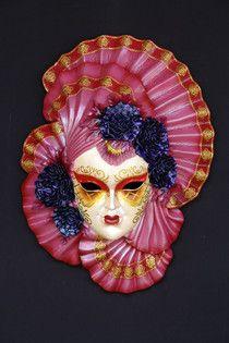 Réplicas de máscaras Alba para la decoración de carnaval temático