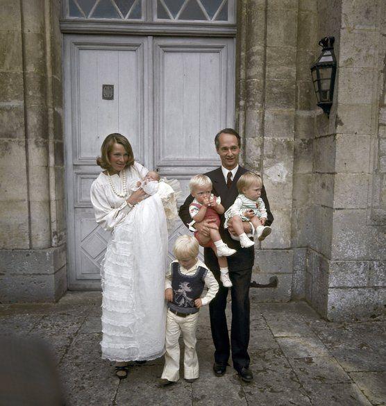 Prinses Irene von Lippe Biesterveld with her husband Carel Hugo de Bourbon and their children Carlos, twins Margarita  Jaime, Carolina Divorced 1981