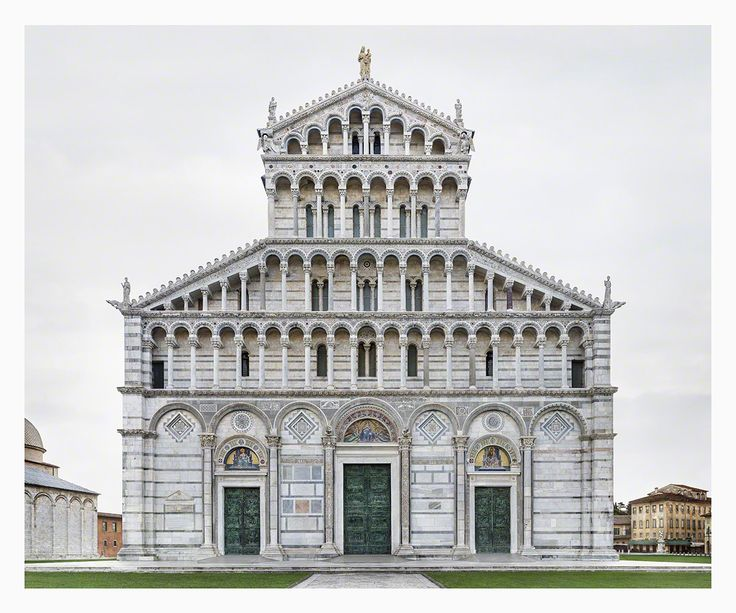 Markus Brunetti's Cathedral Façade Photographs at Yossi Milo Gallery Photos | Architectural Digest