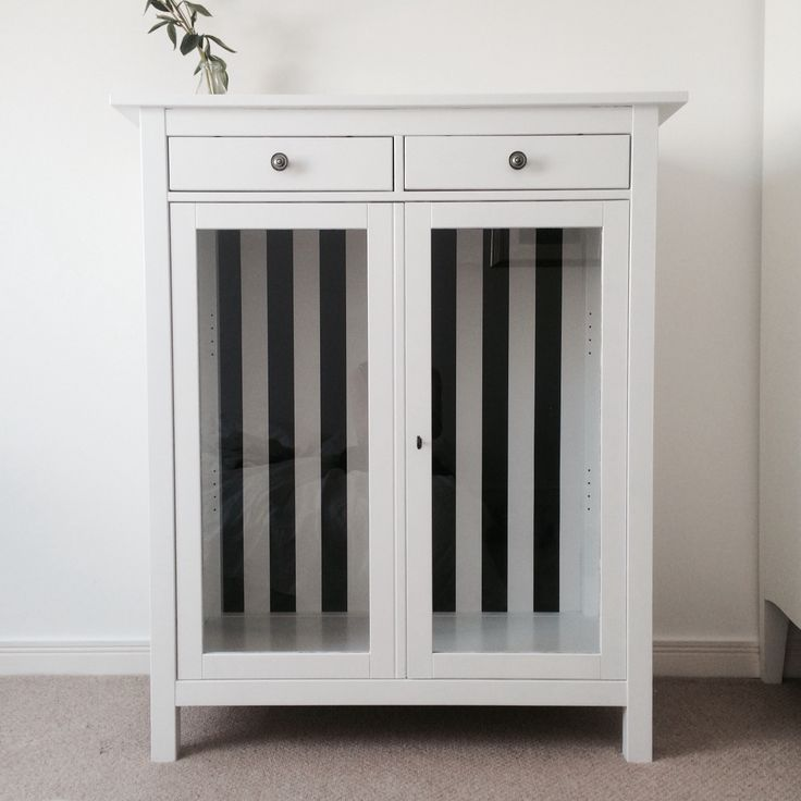 Ikea Hemnes Linen cabinet hack. From red to white with black and white ...