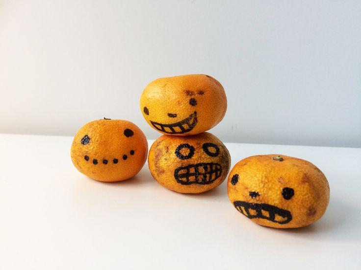 Minikurpitsat | lasten | askartelu | syksy | halloween | kurpitsa | mandariini | käsityöt | koti | kierrätys | DIY ideas | kid crafts | pumpkin | recycling | Pikku Kakkonen