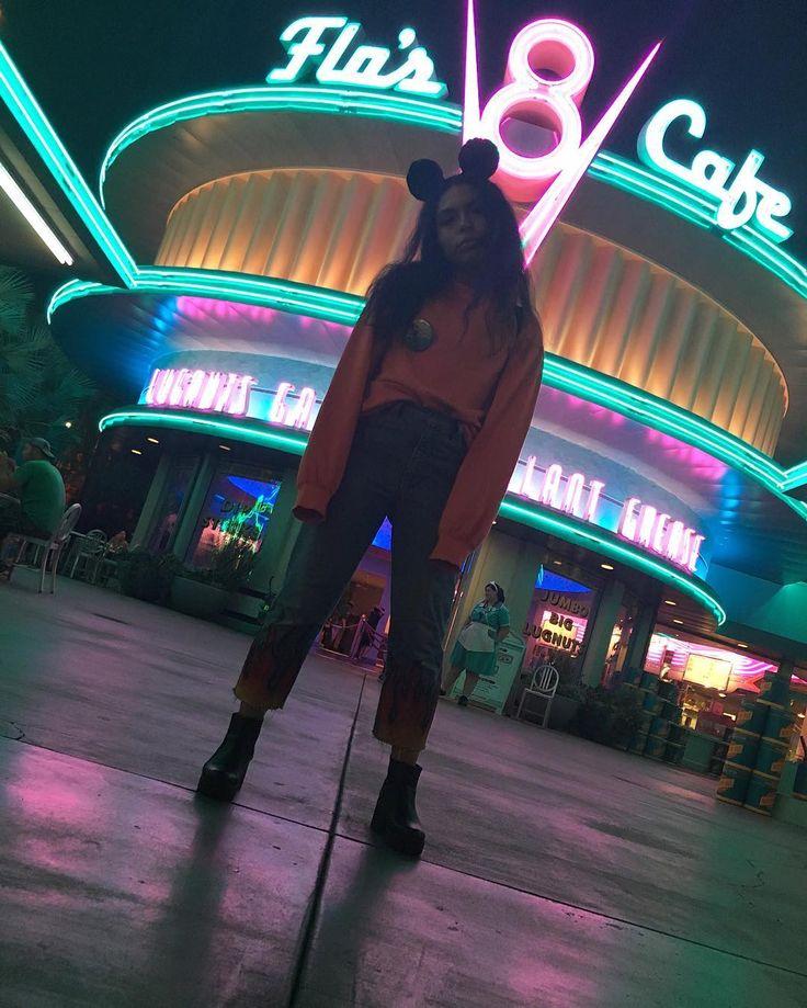 Daisy (@hotcheetomami) • Instagram Photos And Videos