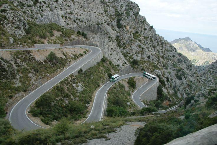 De eilandtour, via de Calle Serpentine naar sa Calobra