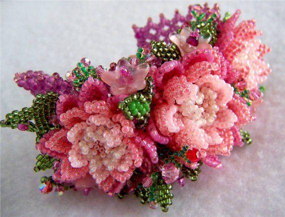 3 Pink Flowers Beaded Bracelet D573 VIRR by VIRR on Etsy