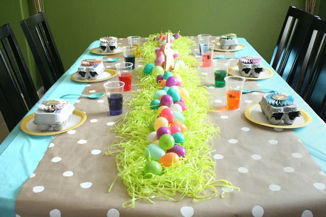 Easter Egg-Dying Party...Kids and Adults would have fun with this!!