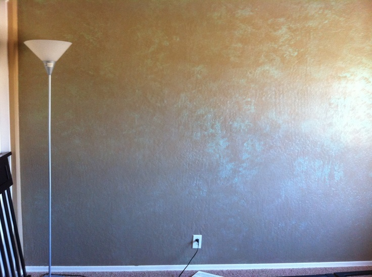 Glitter Sponge Wall Painted With Paint Primer Rolled