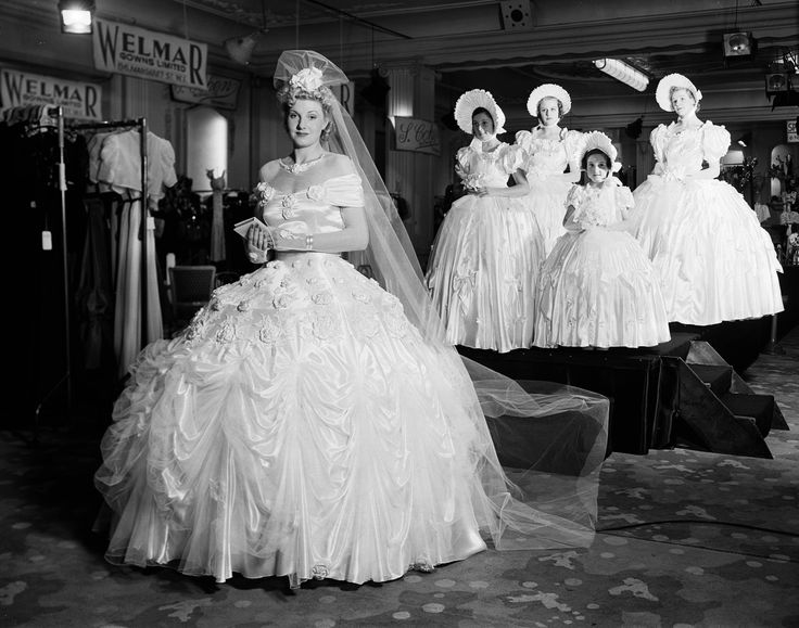 1938 At Grosvenor House In London A Model Shows Off Luxury Gown Made Of
