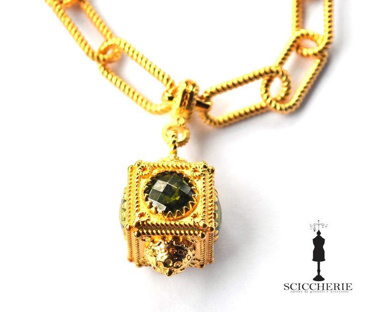 Bracciale bronzo in bagno d'oro giallo più pendente con pietra idrotermale.  #sciccherieoutlet #rebeccagioielli