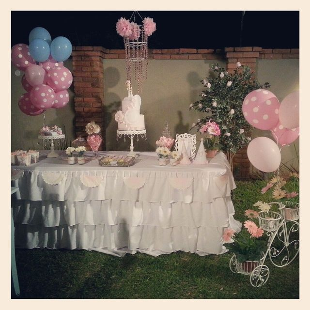 """Photo 1 of 102: tea party, sarah kay inspired !!! / Birthday """"julietta 1° año !!!"""" 