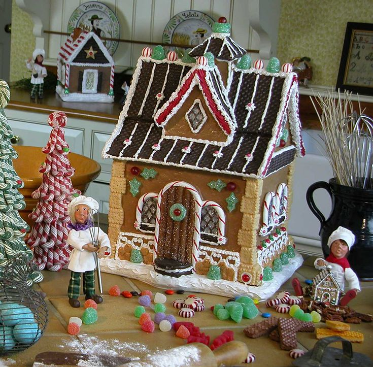 62 Best Decorating With Byers Choice Carolers Images On: 115 Best Carolers Images On Pinterest