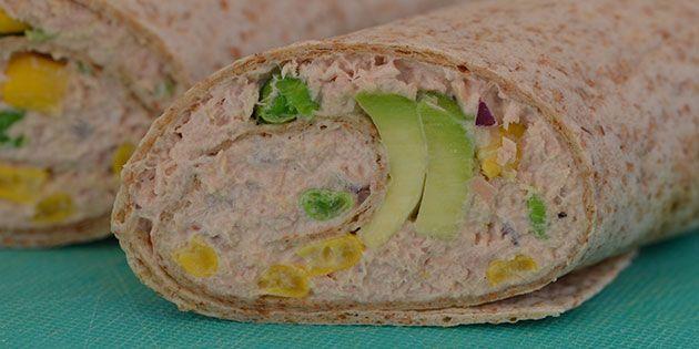 Sunde og skønne wraps med et dejligt fyld af tun, avocado og majs.