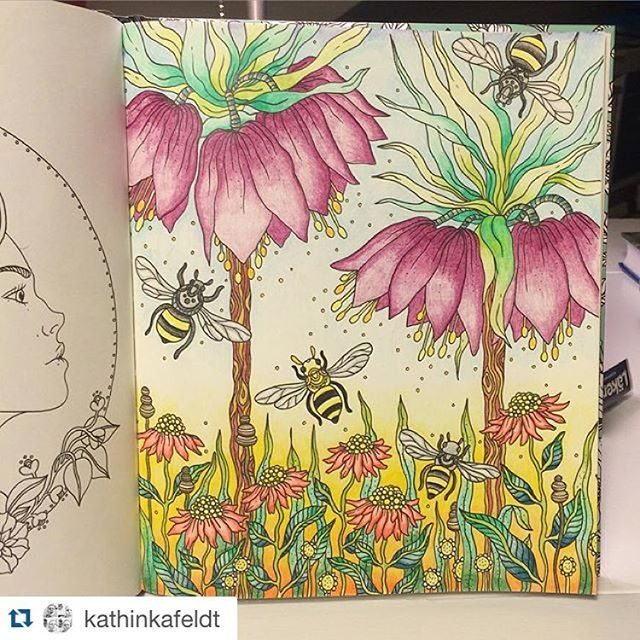 So now Im back at work again, in the studio. Got some really fun jobs lined up this late summer/fall and I will tell you more about them later on. And yes, I was looking through #dagdrömmar and its so superfun to see your coloring pics! Here is a #repost from @kathinkafeldt Great colors dont you think?! Keep posting your pics!✨ #dagdrömmar #målarbok #coloringbook #coloringforadults #adultcoloring #adultcoloringbook #illustration #fargeleggingforvoksne #hannakarlzon #fargelegging #dagdrømmer