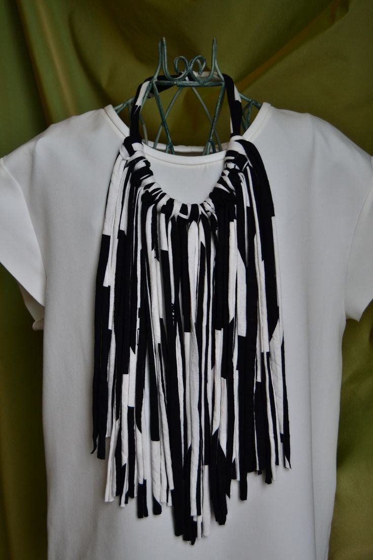 handmade necklaces (black and white jersey)