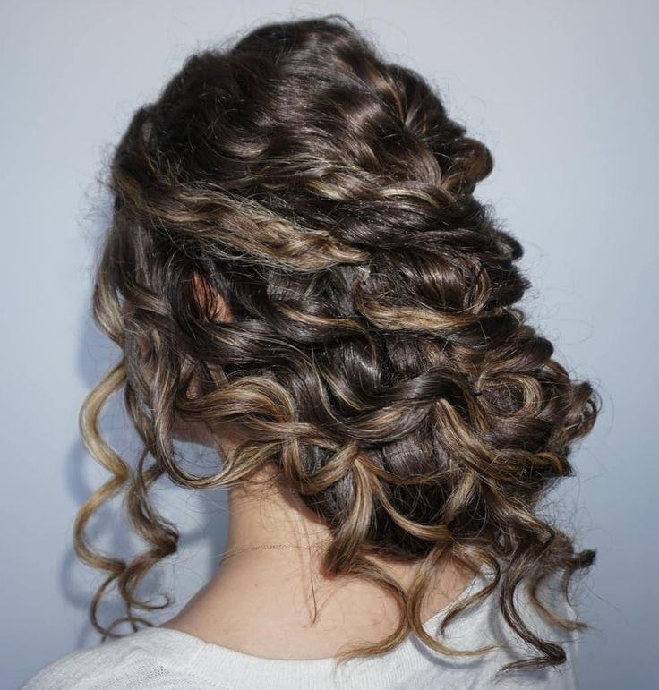 Low+Curly+Updo+For+Long+Hair