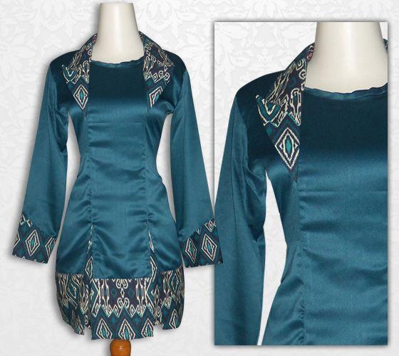 Batik kerja wanita, blus batik cantik, lengan panjang, bahan batik katun primis kombinasi kain satin velvet (warna hijau kebiruan) retsleting belakang, bagian belakang polos  Kode : BLHX