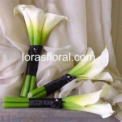 calla lilies - bridesmaid bouquets