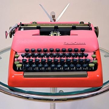 restored/refinished typewriter by Kasbah Moderne