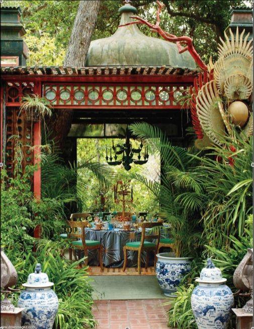 Blue & White Chinese Ceramics Outdoor Decor   ------- #china #chinese #chinatown