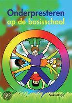 Dit boek brengt helder in kaart hoe je onderpresteren herkent, wat de oorzaken kunnen zijn en wat je er aan kunt doen. 'Onderpresteren op de basisschool' is een toegankelijk boek dat leerkrachten en ouders inspireert en ondersteunt bij het begeleiden van het leerproces.