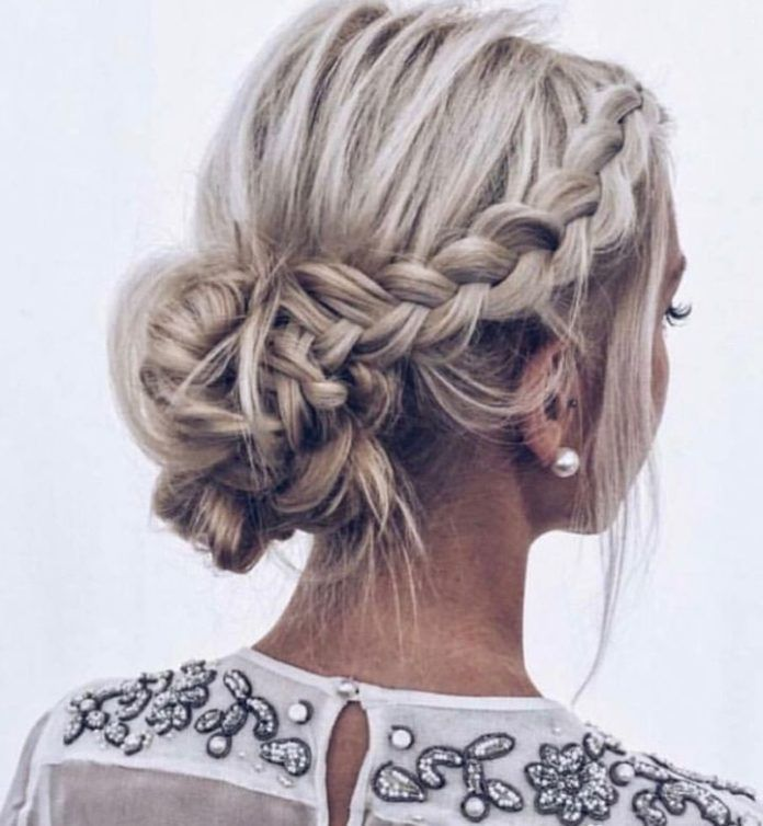 85 Trendy And Easy Braided Half Up Half Down Hairstyle And Soft Braided Updo Hairstyle Braided Hairstyles Updo Short Hair Updo Wedding Hair And Makeup