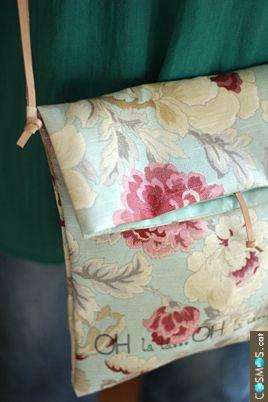 bolso bandolera de algodón / a cotton bag                                                                                                                                                     Más