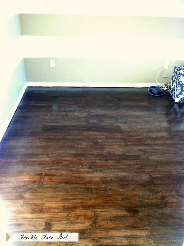 How To Create A Faux Wood Plank Floor Using Brown Paper Freckle Face Girl For Remodelaholic Diy Flooring Faux Wood Flooring Wood Plank Flooring