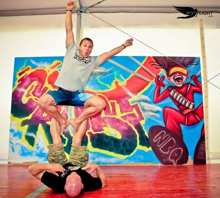 BE THE POSE yogaFLIGHT Contest yogaFLIGHT at Skydive Empuriabrava and Windoor during Vector Festival — with Greg Crozier Proflyer Skydiver at Vector Festival.  Artwork by NBQ Pro artists. Joined by Yoga For Skydivers   #yogaflight #windoor #empuriabrava #vectorfest #skydivempuriabrava #Proflyer #skydiver #yogaforskydivers #contest #yoga #pose