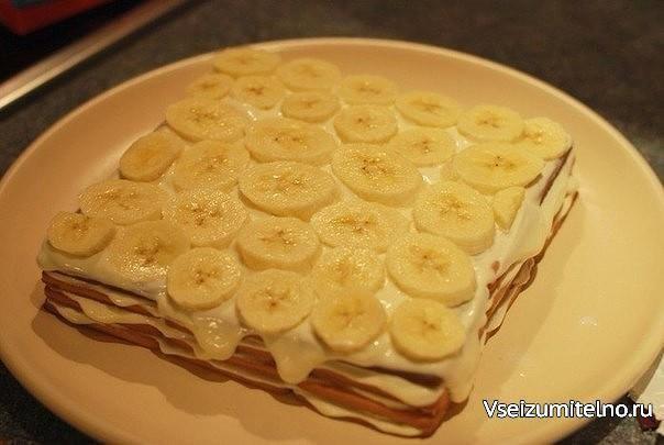 АППЕТИТНЫЕ ТОРТЫ ИЗ ПЕЧЕНЬЯ   1) Торт из печенья банановый  ИНГРЕДИЕНТЫ: 1 кг не…
