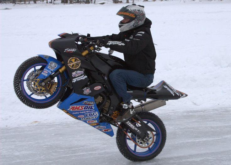 M s de 1000 ideas sobre miniaturas de motos en pinterest for Cascos motogp altaya