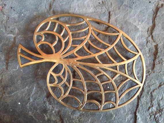Brass Leaf Trivet // Pot Stand
