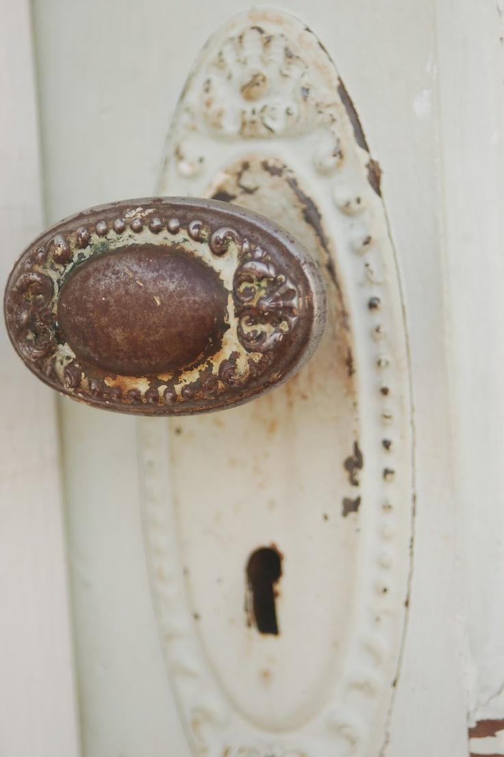beautiful hardware vintage door - Vintage Door Knobs