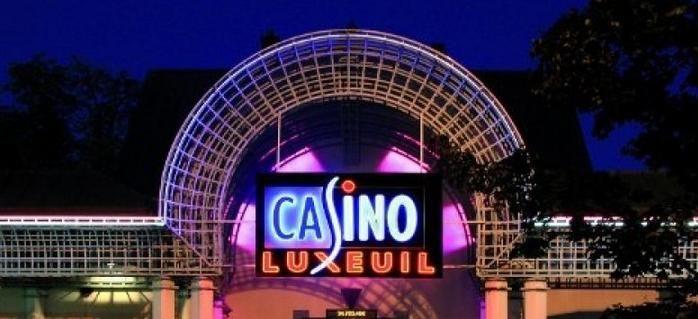 Revue du casino de Luxeuil-les-Bains