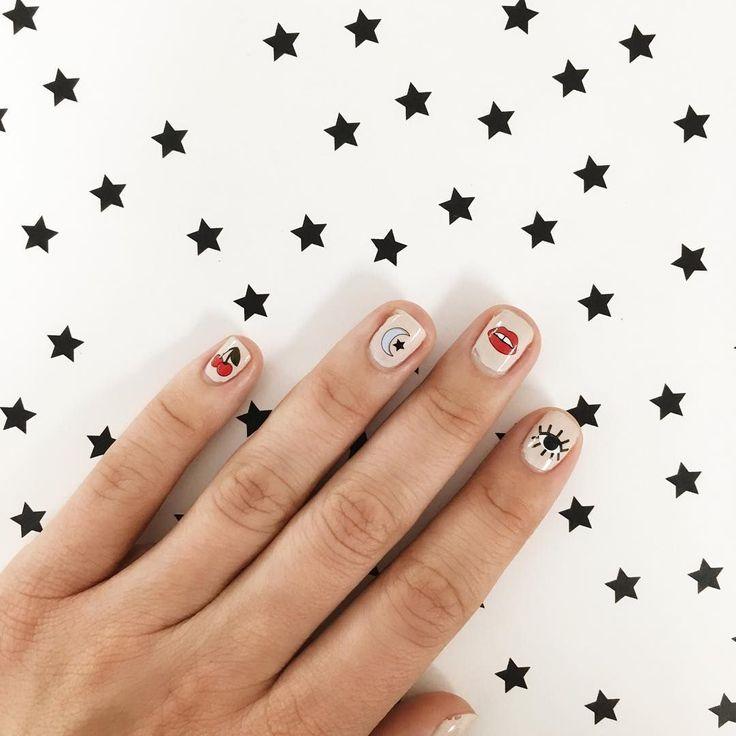Minimalist Nail Art Ideas 95