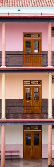 Colegio María Auxiliadora   Caracas - Visit full post: http://caracasshots.blogspot.com/2012/04/back-to-school-1.html