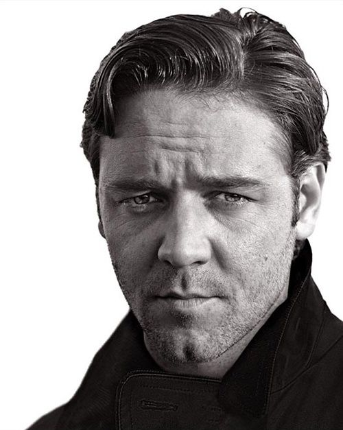 ACTORS IN BLACK AND WHITE.  Russell Crowe.