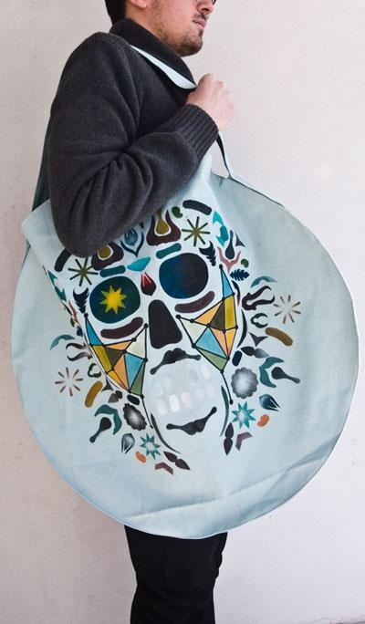 Hand painted bag. More at www.sasadesign.com