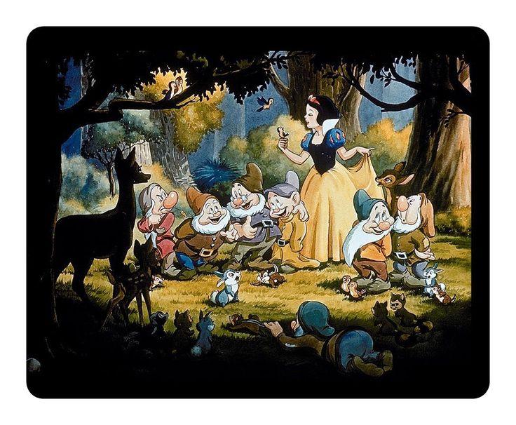 Schüchterner Zwerg Im Disney Film Schneewittchen