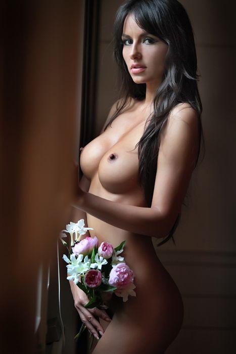 Follow Me For More Beautiful Women  http://d120480.tumblr.com/